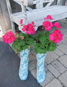 boots-flowers